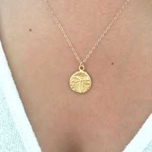 Jewelry - Gold dragonfly disc necklace